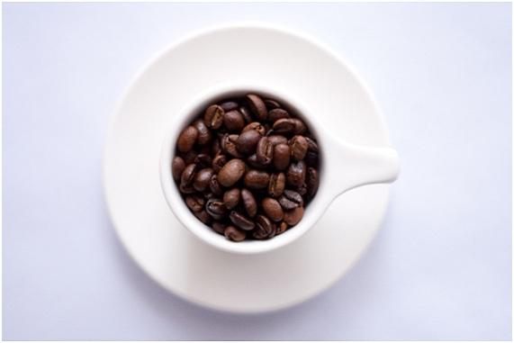 beneficios de la mascarilla de cafe en la piel